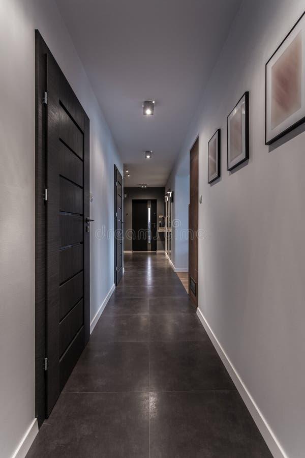 Interior cinzento elegante fotos de stock royalty free