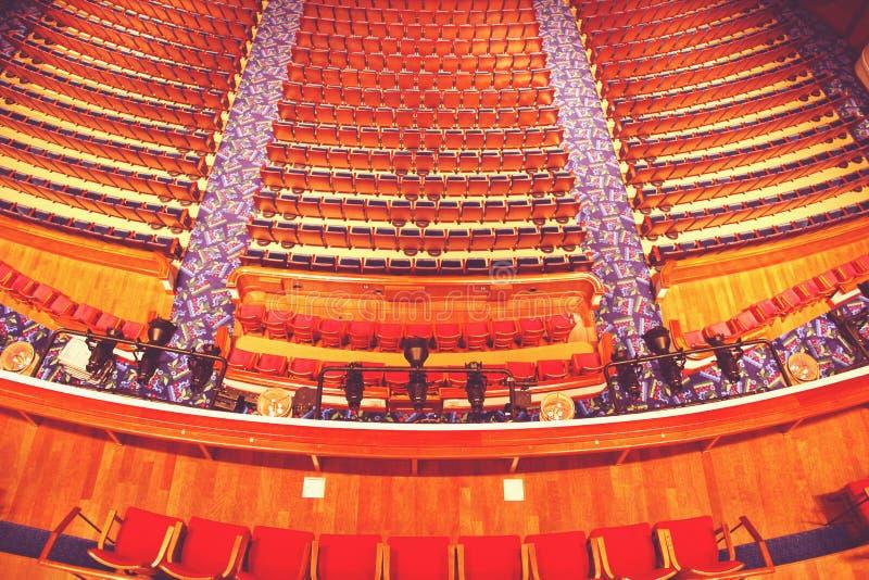 Interior clásico del lugar del teatro imagen de archivo libre de regalías