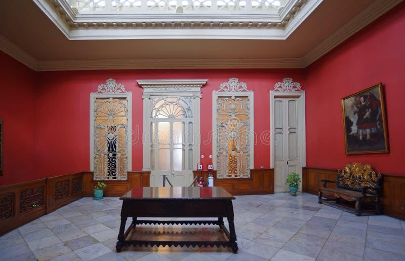 Interior colonial español de la casa del estilo, Lima, Perú foto de archivo