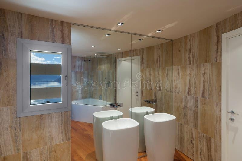 Interior, cuarto de baño de mármol imágenes de archivo libres de regalías