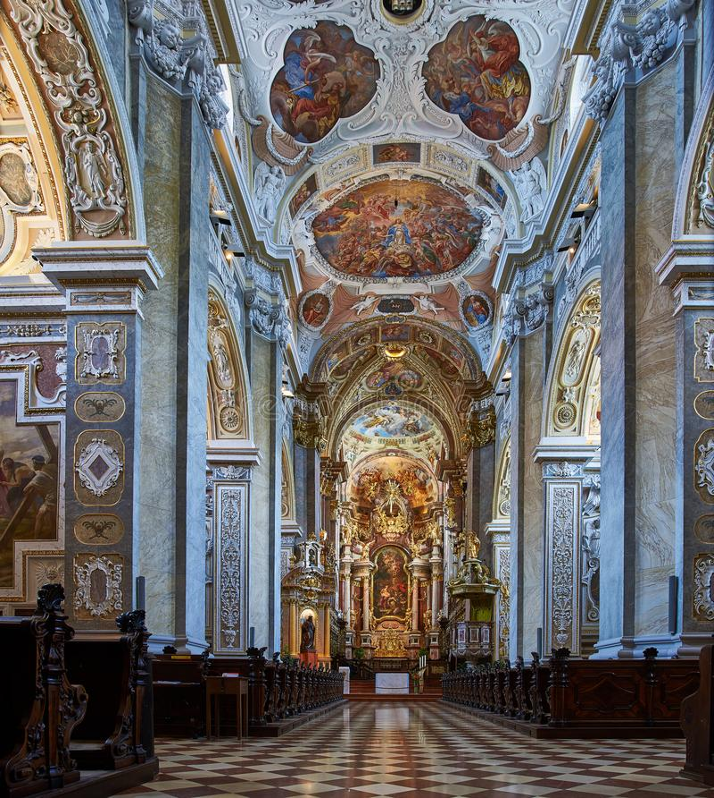 Interior da abadia de Klosterneuburg, Viena fotografia de stock