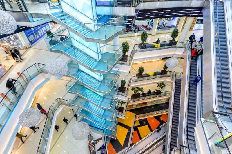 Interior da alameda luxuosa, vista superior fotografia de stock royalty free
