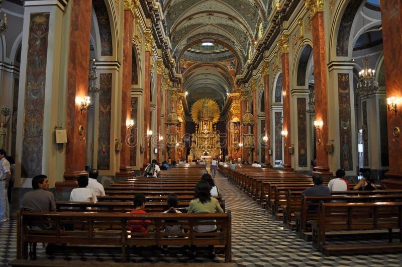 Interior da basílica da catedral e santuário do senhor e fotografia de stock