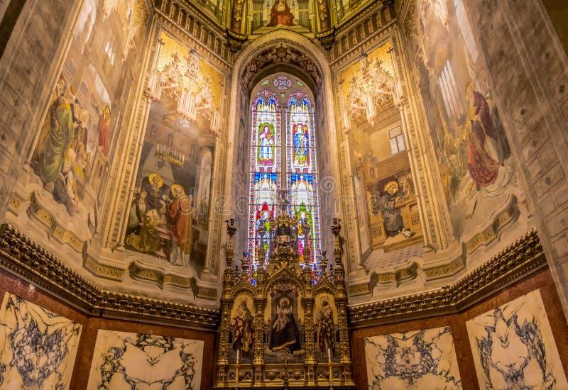Interior da basílica de Santa Casa, o santuário da casa santamente da Virgem Maria O santuário é th fotografia de stock royalty free