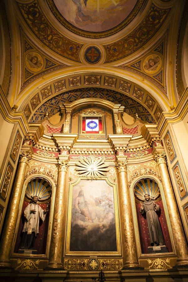 Interior da basílica Nuestra Senora de Merced na capital de Córdova, Argentina foto de stock