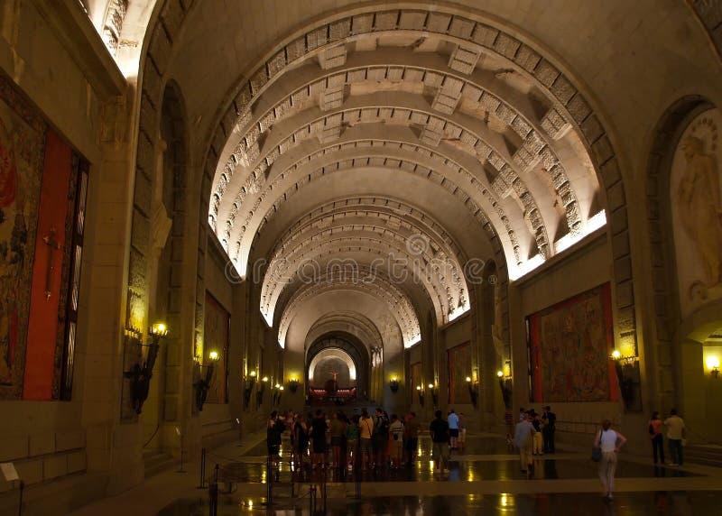 Interior da basílica - vale do caído perto de Madrid imagens de stock royalty free