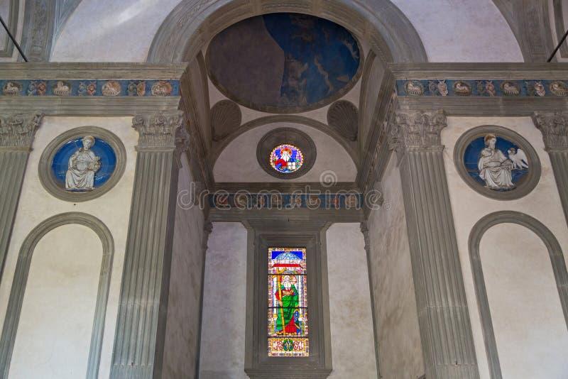 Interior da capela de Pazzi (dei Pazzi de Cappella) no primeiro claustro imagem de stock royalty free