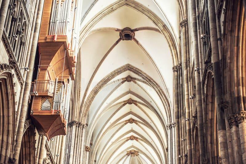 Interior da catedral da água de Colônia imagens de stock royalty free