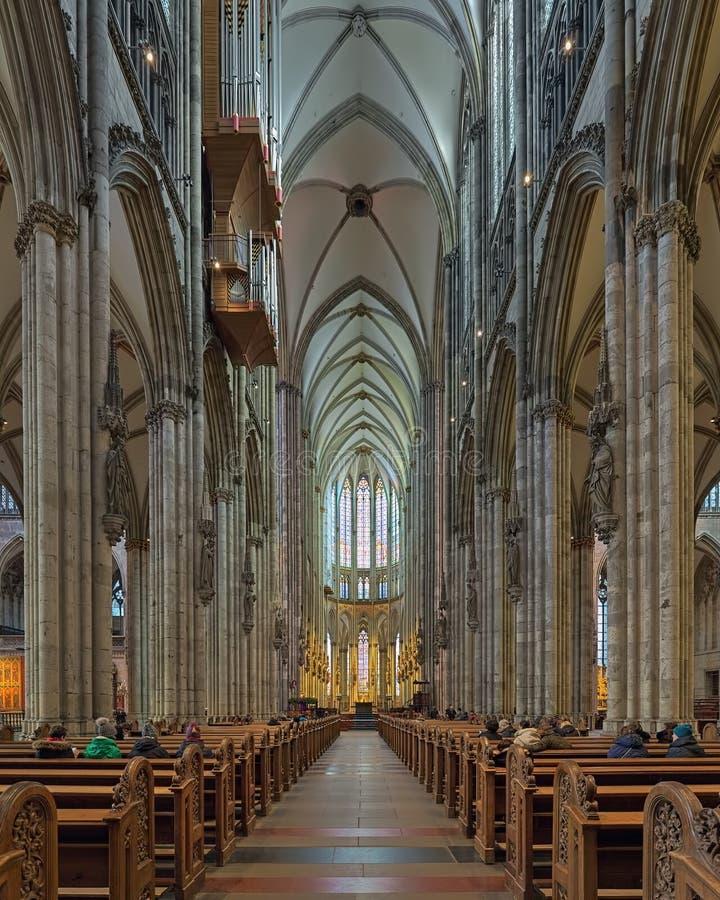 Interior da catedral de Colónia, Alemanha imagens de stock