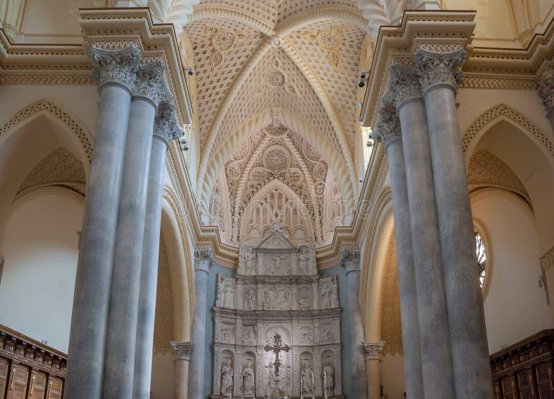 Interior da catedral de Erice, província de Trapani Sicília, Italy imagens de stock