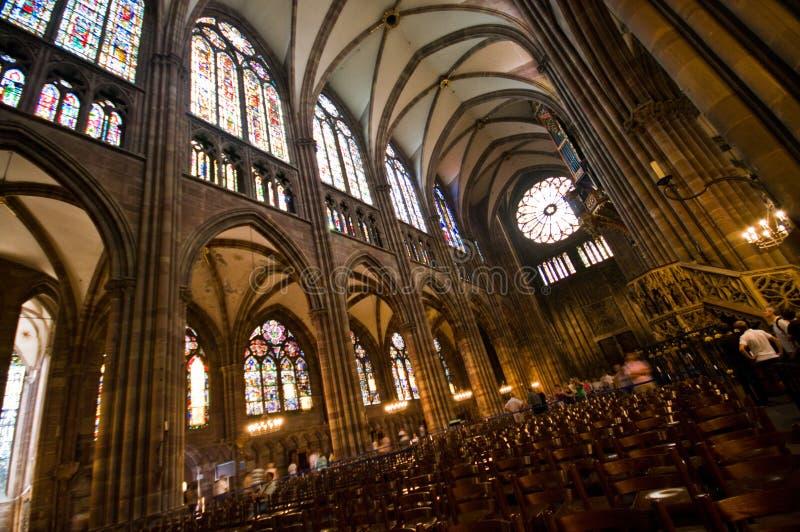 Interior da catedral de França Strasborg Notre Dame imagens de stock royalty free