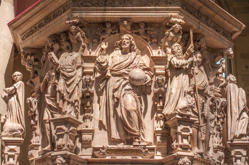 Interior da catedral de Magdeburgo, Magdeburgo, Alemanha imagem de stock royalty free