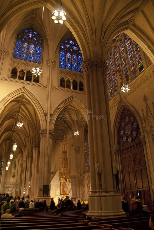 Interior da catedral do St. Patrick fotografia de stock royalty free