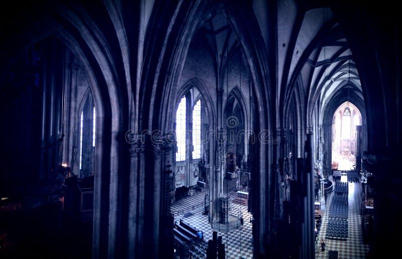 Interior da catedral do St. Stephens imagens de stock royalty free