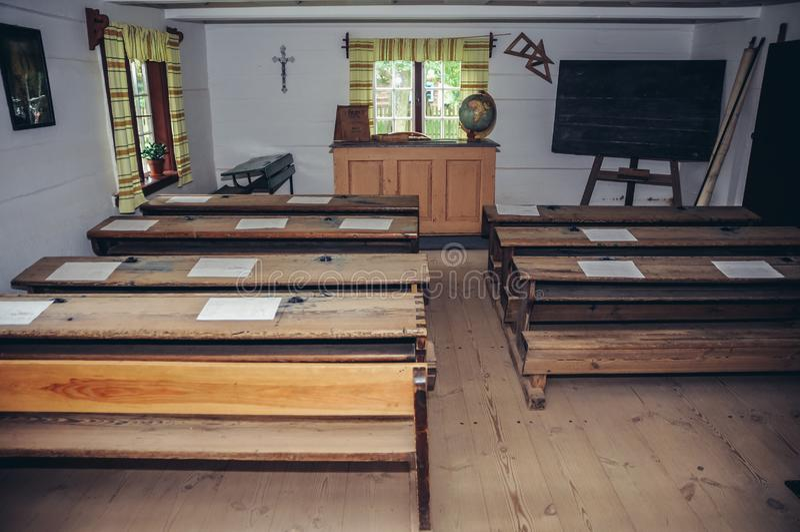 Interior da escola rural imagens de stock royalty free