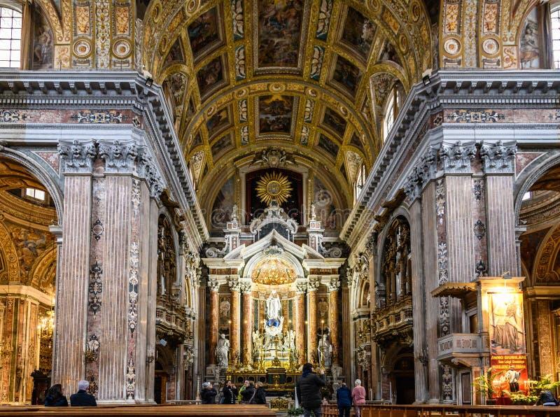 Interior da igreja de Gesu Nuovo em Nápoles, Itália fotos de stock