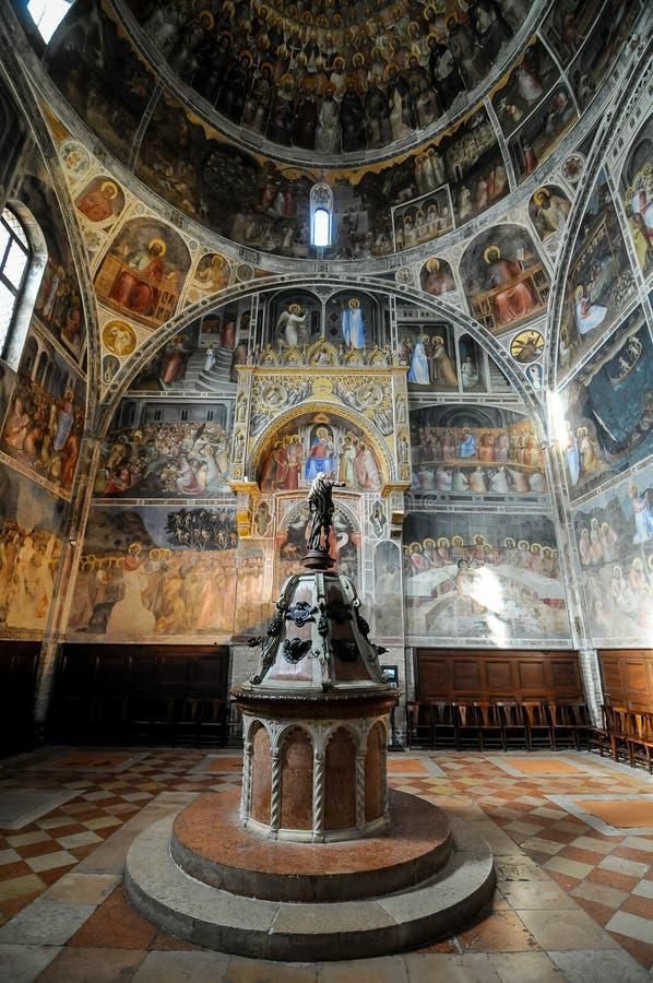 interior da igreja de peter e de Paul em St Petersburg Rússia, imagem digital da foto como um fundo fotos de stock royalty free