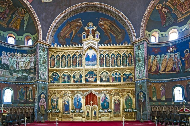 Interior da igreja - iconostasis imagem de stock