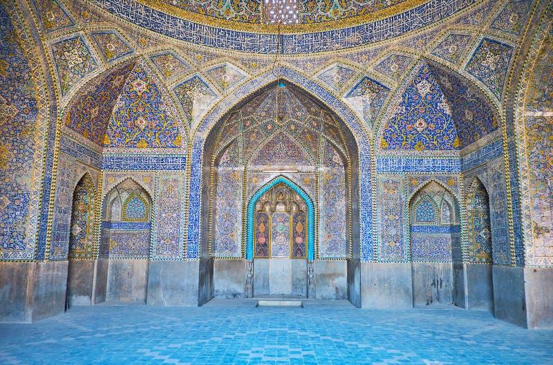 Interior da mesquita de Seyed, Isfahan, Irã imagem de stock