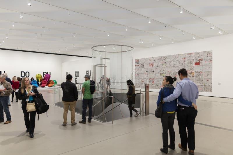 Interior de Art Museum contemporâneo largo foto de stock royalty free