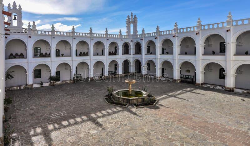 Interior de Felipe Neri Monsastery, sucre, Bolívia foto de stock royalty free