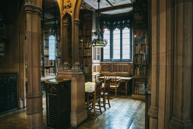Interior de John Rylands Library foto de stock royalty free