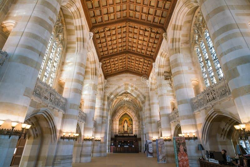 Interior de la biblioteca de Yale University fotos de archivo libres de regalías