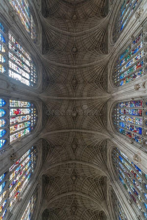 Interior de la capilla de la universidad del ` s del rey foto de archivo