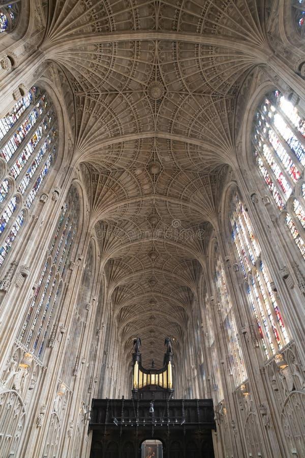 Interior de la capilla de la universidad del ` s del rey fotos de archivo