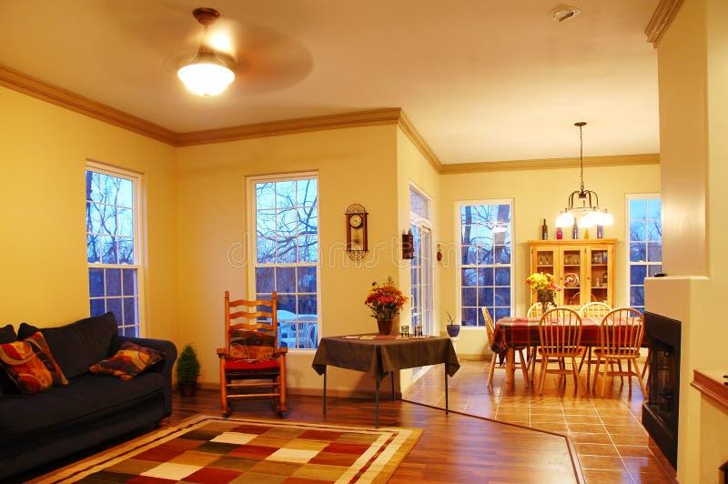 Interior de la casa imagenes de archivo