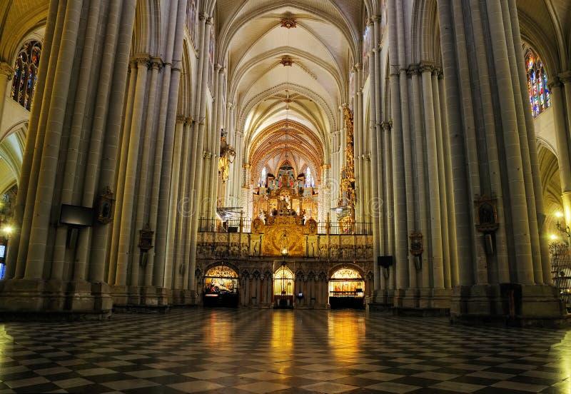 Interior de la catedral de Toledo fotos de archivo