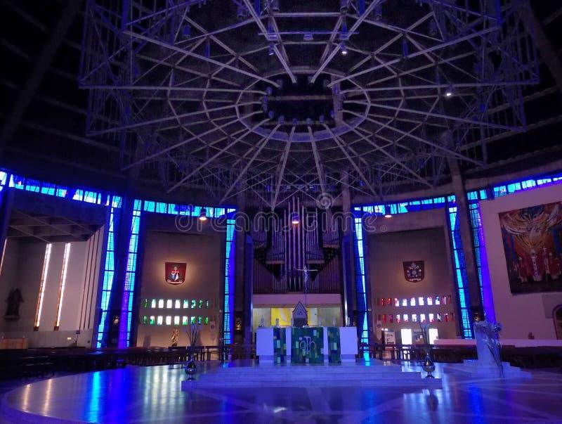 Interior de la catedral del metropolitano de Liverpool foto de archivo