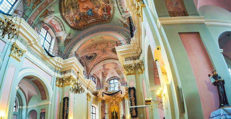 Interior de la catedral del nombre santo de Maria en Minsk imagen de archivo libre de regalías