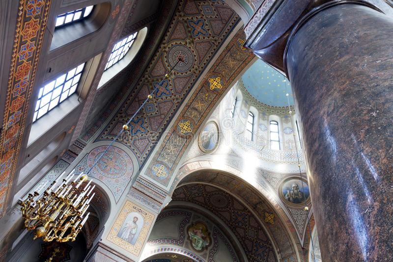 Interior de la catedral del uspenski en Helsinki imágenes de archivo libres de regalías