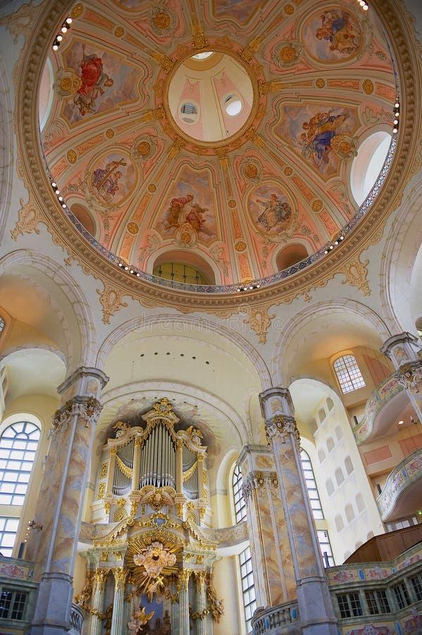 Interior de la catedral de Frauenkirche en Dresden, Alemania Frauenkirche fotografía de archivo libre de regalías