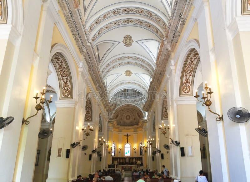 Interior de la catedral de San Juan Bautista en San Juan viejo, Puer imágenes de archivo libres de regalías