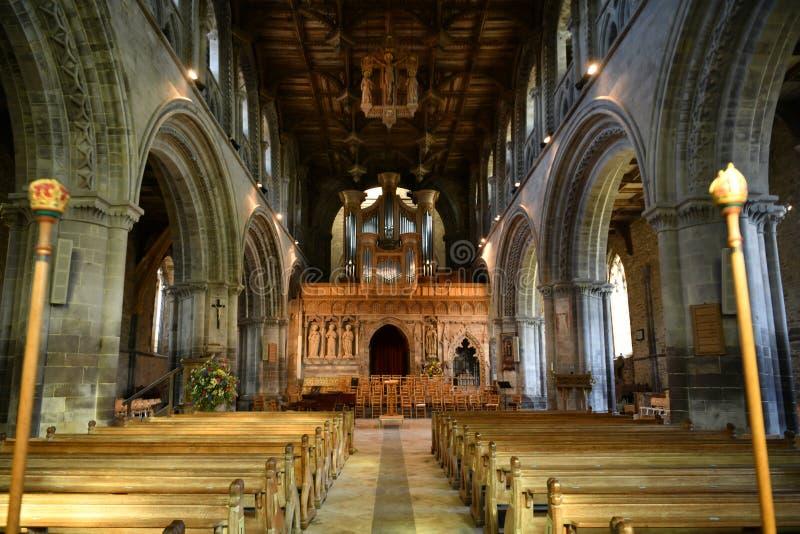 Interior de la catedral de St David imágenes de archivo libres de regalías