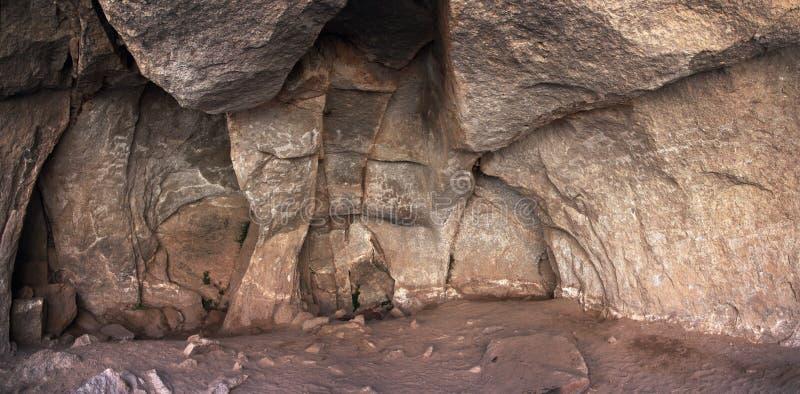 Interior de la cueva de Sumbay Perú meridional imagen de archivo