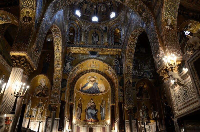 Interior de la iglesia, capilla de Palatine imágenes de archivo libres de regalías