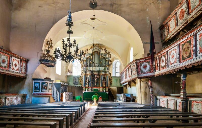 Interior de la iglesia de Homorod, Transilvania, Rumania foto de archivo libre de regalías