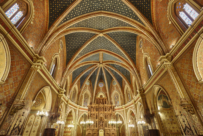 Interior de la iglesia de San Pedro Herencia del punto culminante de Teruel Viaje de España imagenes de archivo