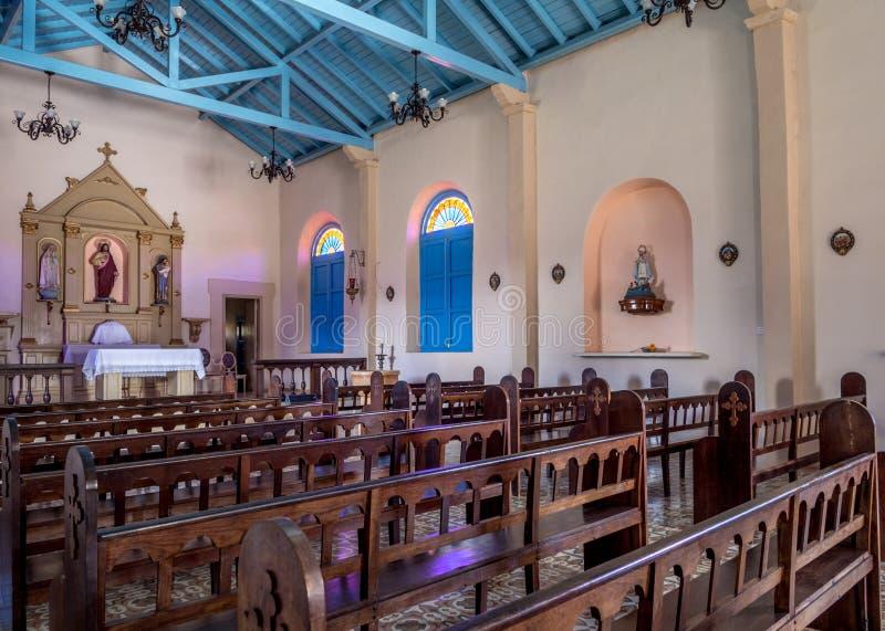 Interior de la iglesia de Vinales fotografía de archivo libre de regalías