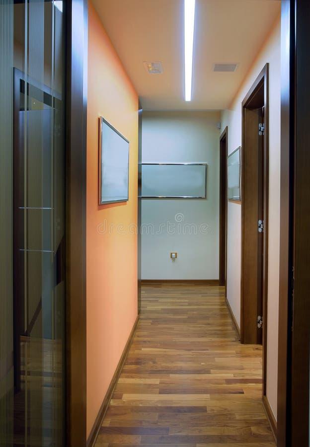 Interior de la oficina imagenes de archivo