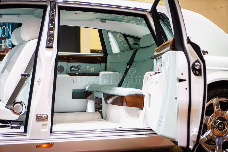 Interior de Rolls-Royce Phantom, exposição automóvel Geneve 2015 imagens de stock royalty free