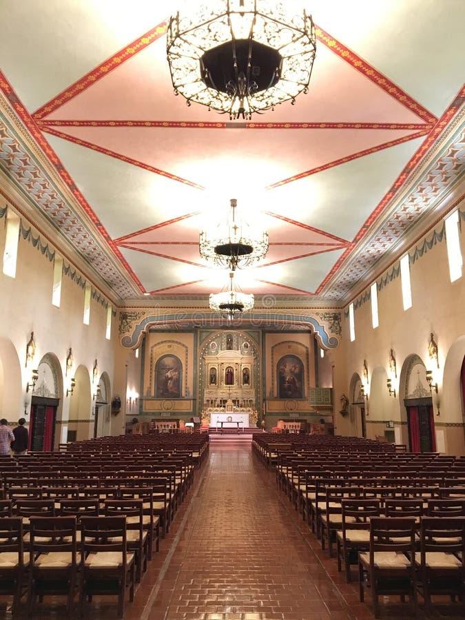 Interior de Santa Clara Mission foto de stock
