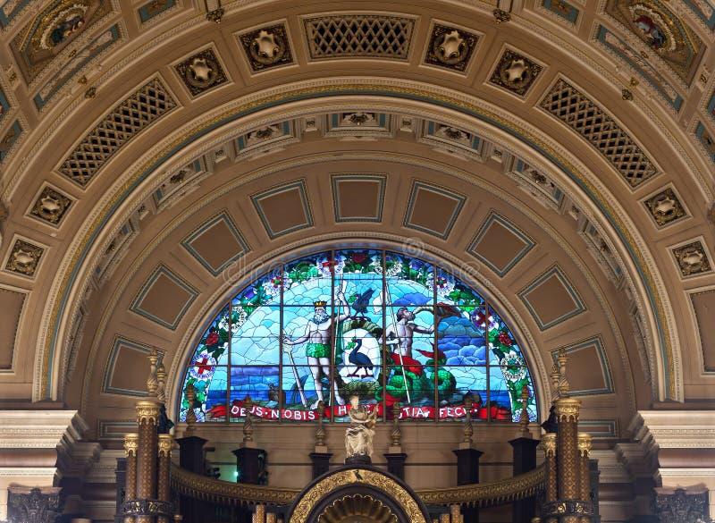 Interior de St Georges Salão, Liverpool, Reino Unido imagens de stock royalty free