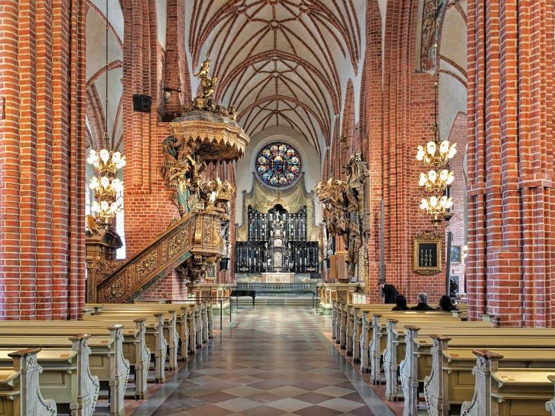 Interior de Storkyrkan (a grande igreja) em Éstocolmo, Suécia fotos de stock royalty free