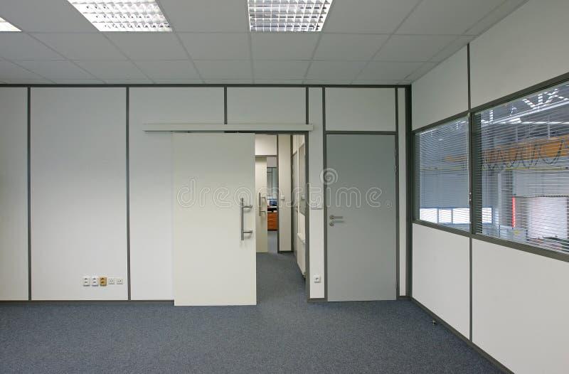 Interior de um prédio de escritórios foto de stock royalty free