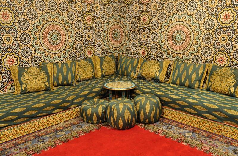 Interior de um quarto oriental foto de stock royalty free