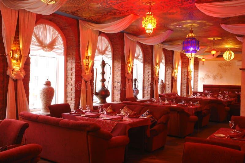 Interior de um restaurante imagem de stock royalty free